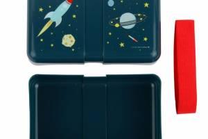sbspbu13-lr-2_lunch_box_space_2