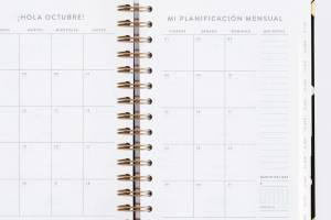 agenda-diaria-21-22-negra-mediana-chubby (9)