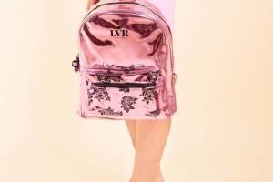 mochila-urbana-la-vecina-rubia-rosas5