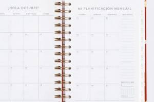 agenda-diaria-21-22-carmin-mediana-chubby (6)