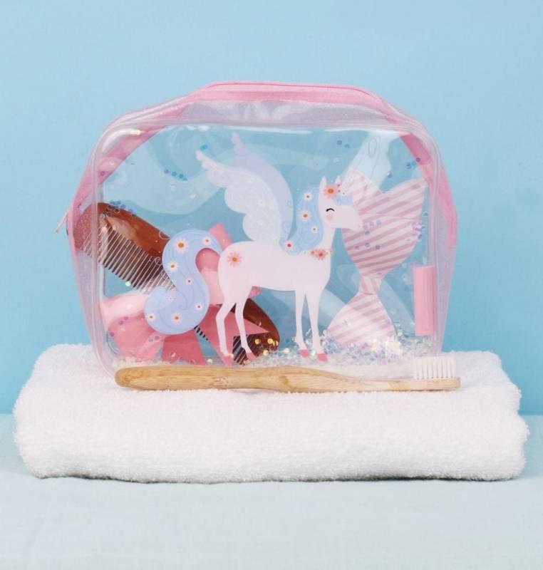 sttbun05-lr-3_toiletry_bag_glitter_unicorn