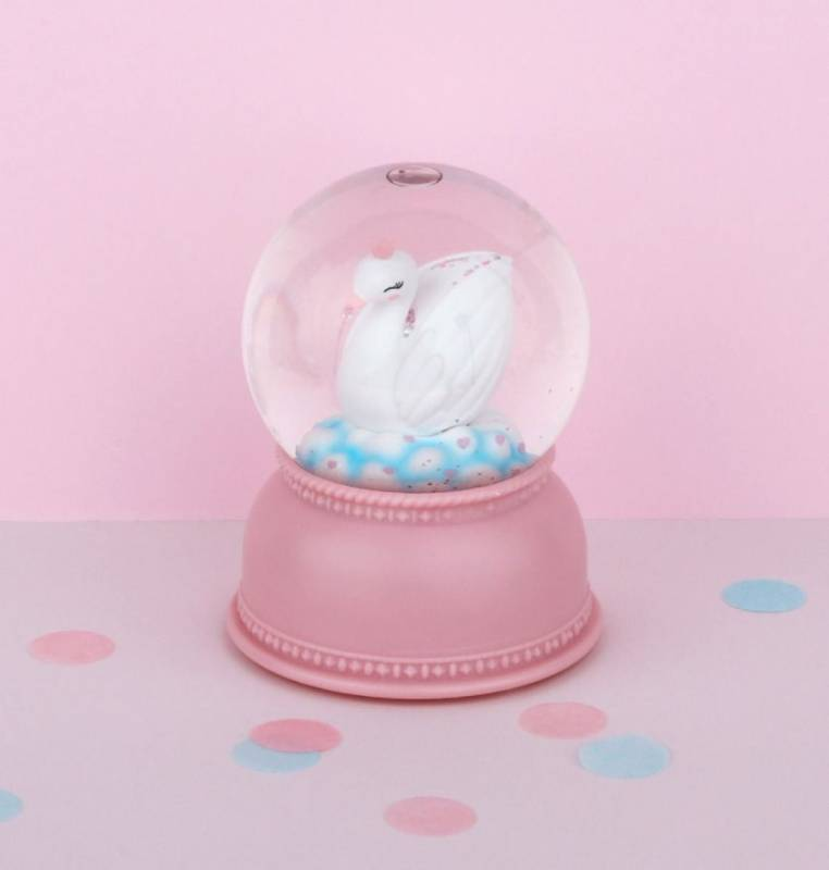 sglovl03-lr-6_snowglobe_light_swan_1